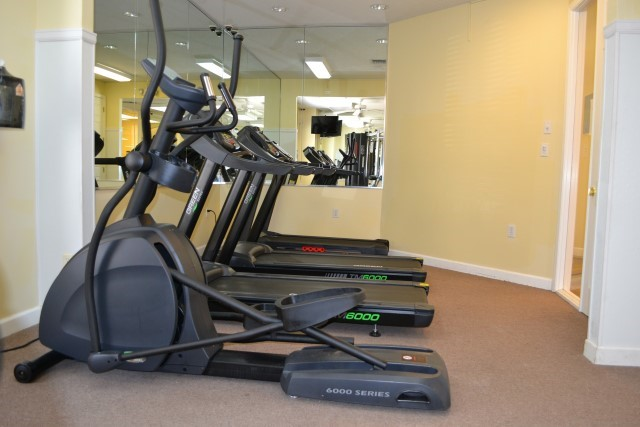 Lake Berkley gym treadmill
